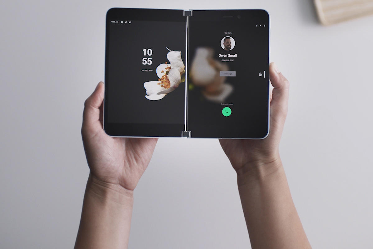 माइक्रोसफ्टको अभिनव फोल्डिंग स्मार्टफोन
