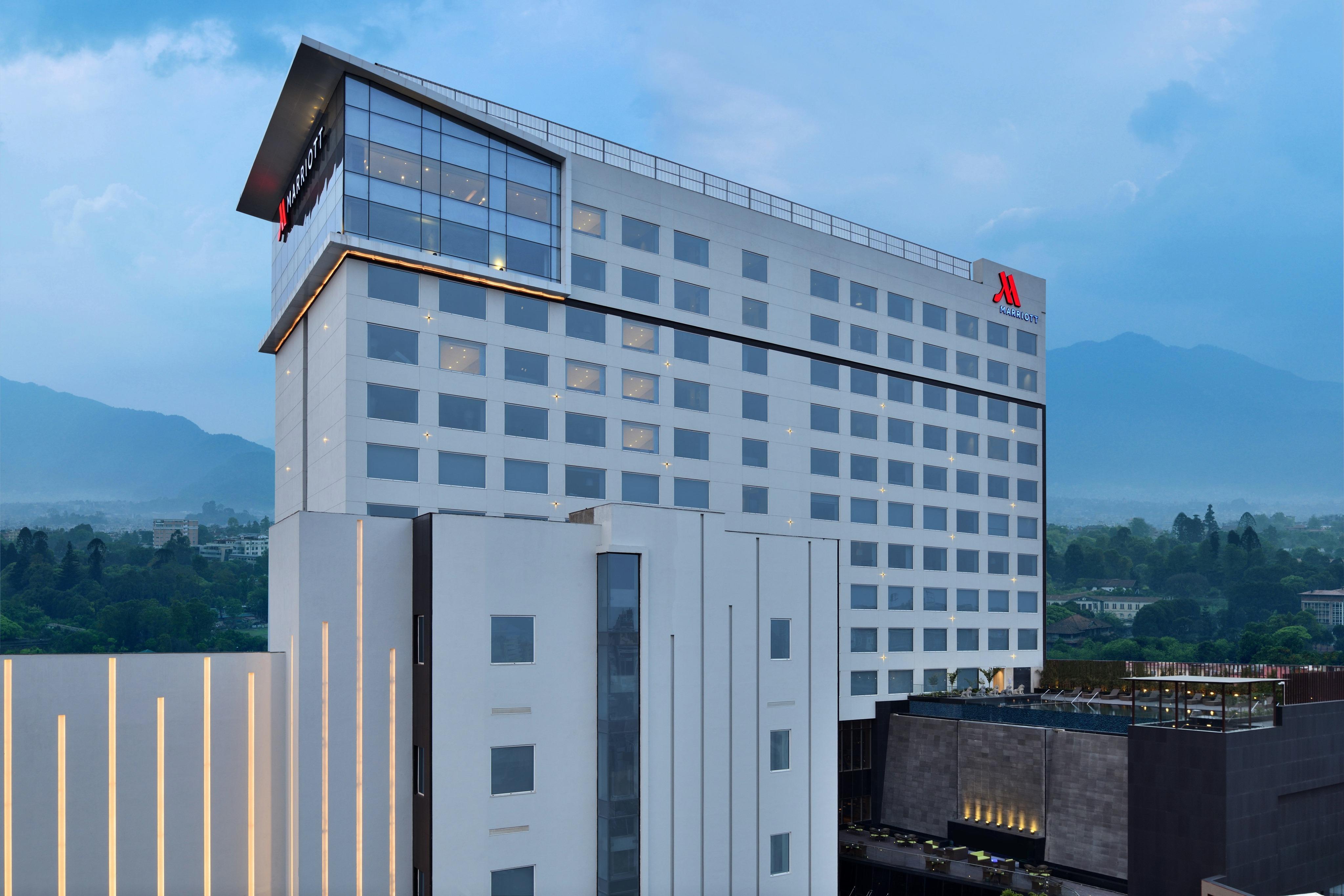 काठमाडौं मेरिएट होटल सञ्चालन